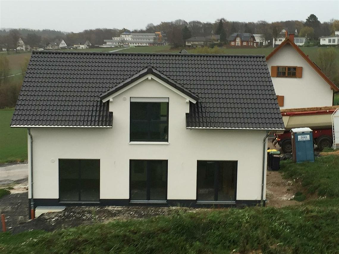 Kern Haus Hausübergabe in Königswinter Ittenbach